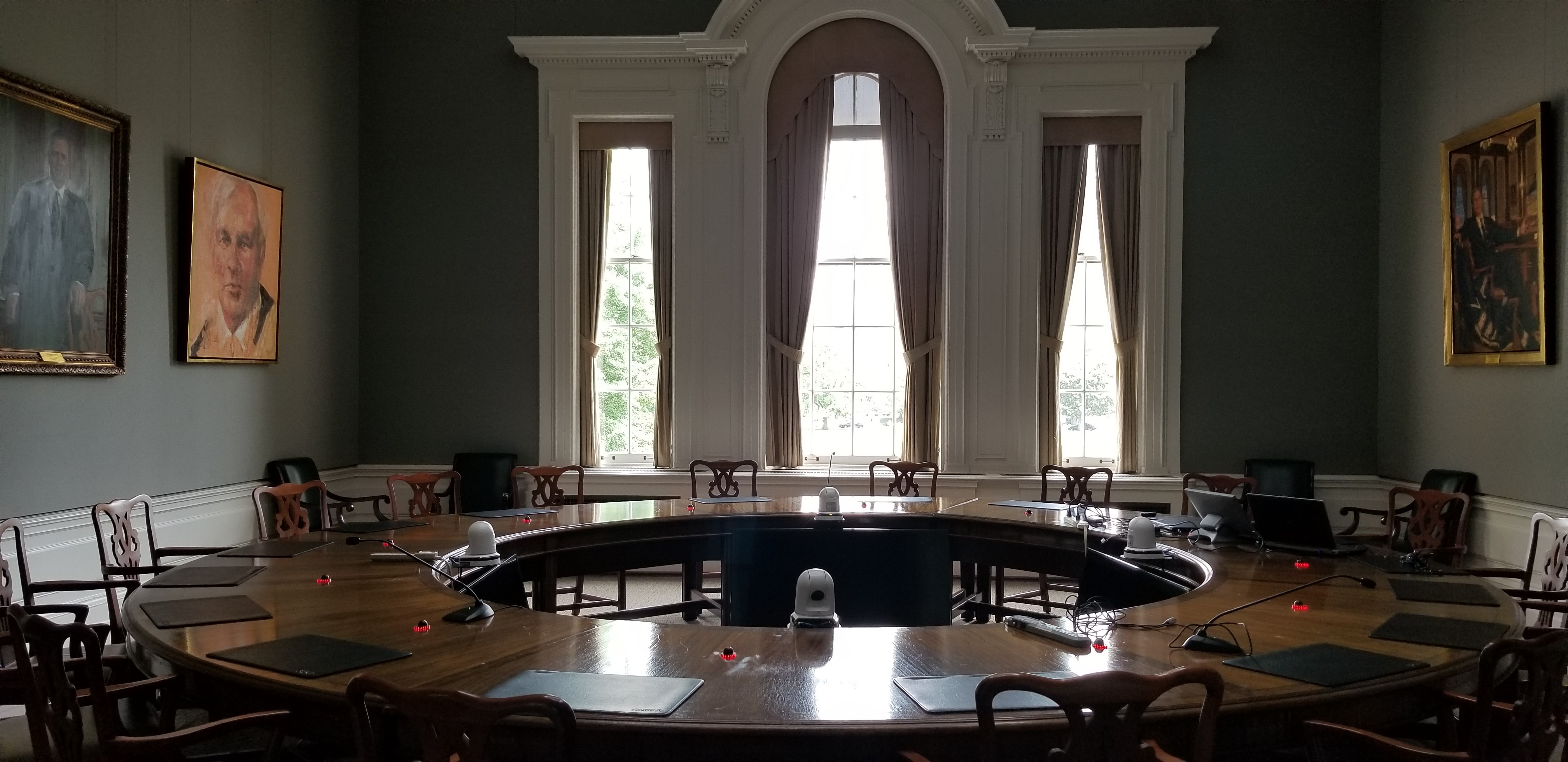 Governing Council Board Room, Interior